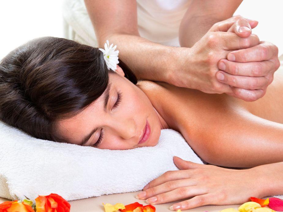 Esplosione di benessere: il massaggiohawaiano